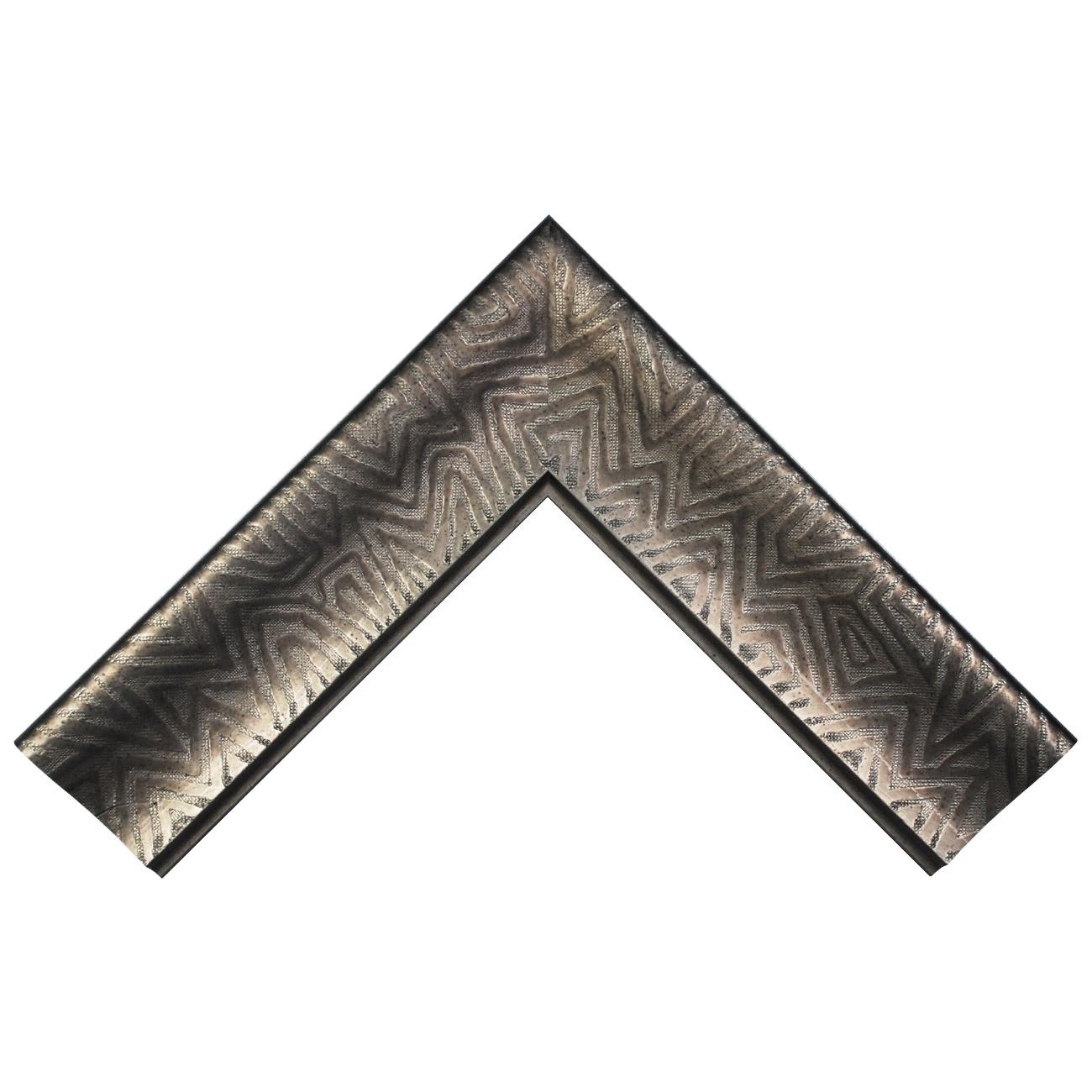 Baguette bois profil incurvé largeur 9.4cm plombs foncé finition aspect cuir