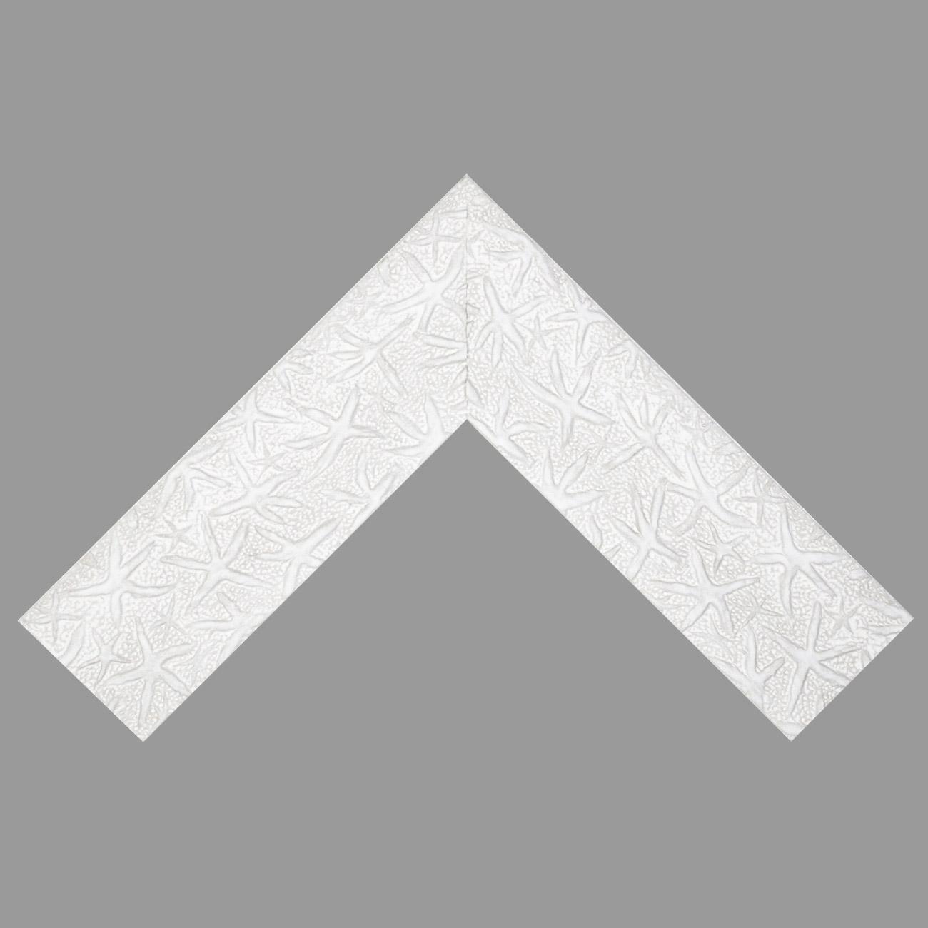 Baguette bois profil plat largeur 9.5cm couleur blanc mat décor étoile