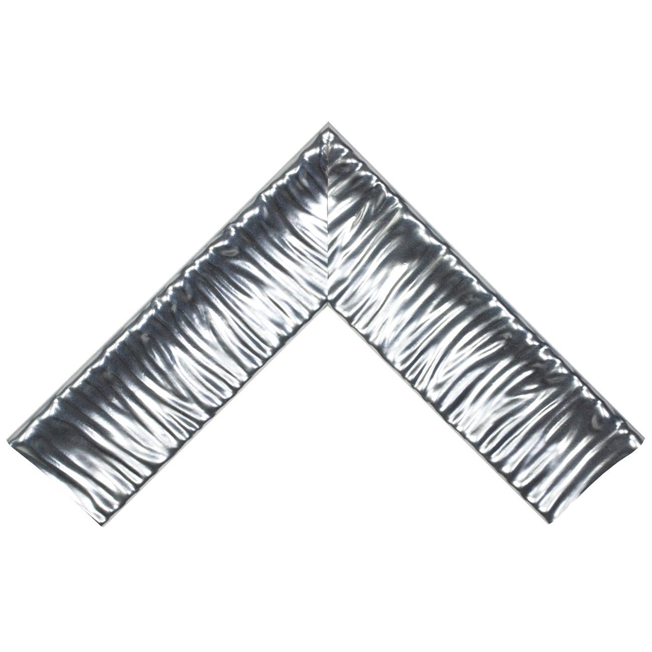 Baguette bois profil incurvé largeur 10.1cm argent froid effet plissé