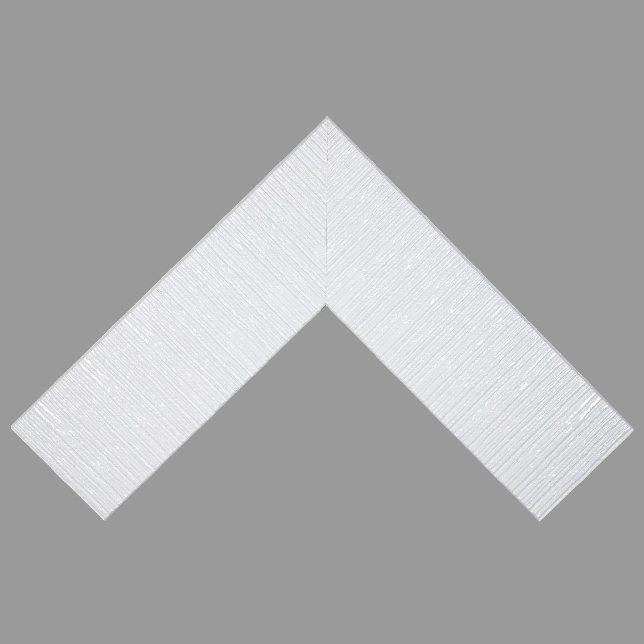 Baguette bois profil plat largeur 10.5cm couleur blanc laqué strié