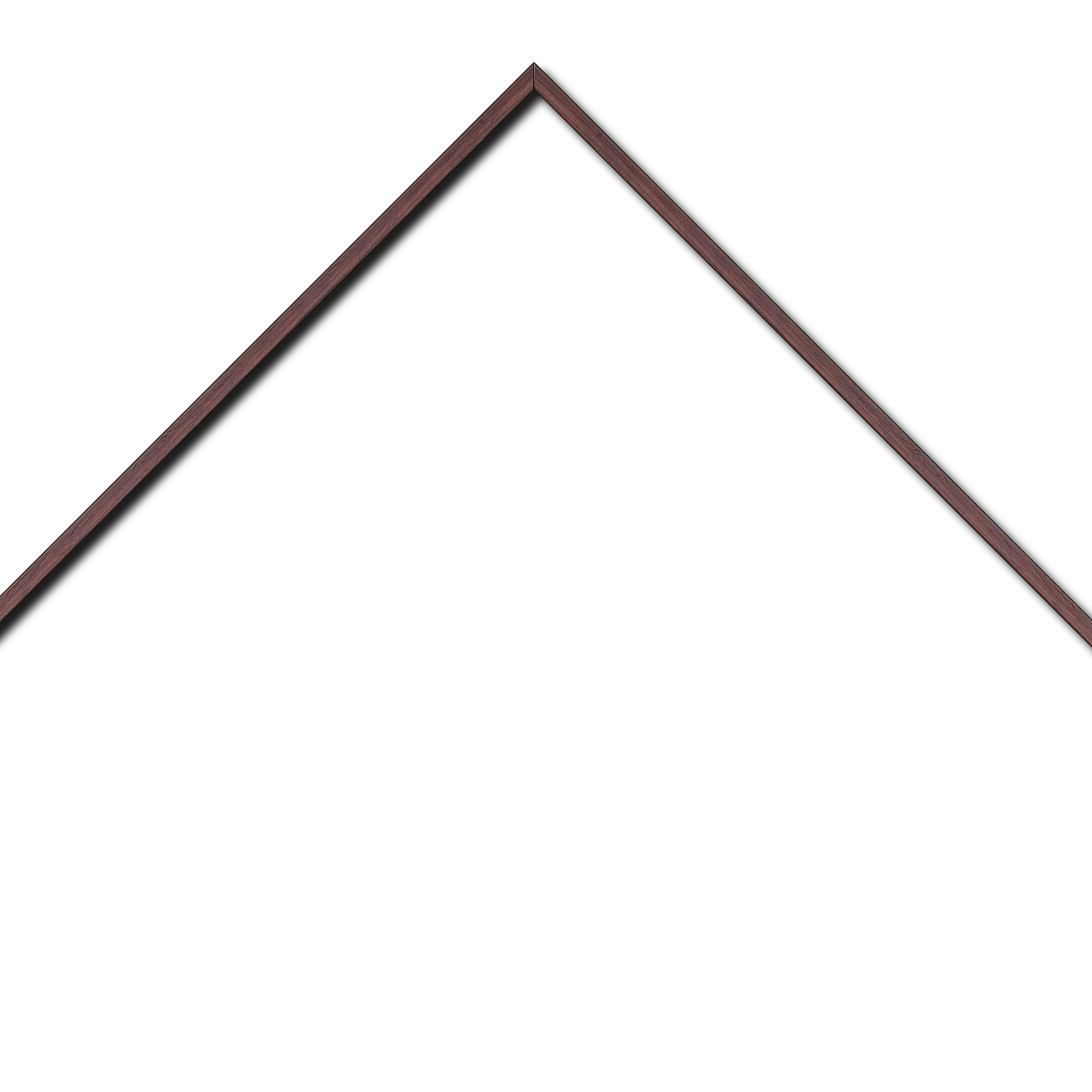 Baguette aluminium profil plat largeur 8mm, placage véritable wengé ,(le sujet qui sera glissé dans le cadre sera en retrait de 6mm de la face du cadre assurant un effet très contemporain) mise en place du sujet rapide et simple: il faut enlever les ressorts qui permet de pousser le sujet vers l'avant du cadre et ensuite à l'aide d'un tournevis plat dévisser un coté du cadre tenu par une équerre à vis à chaque angle afin de pouvoir glisser le sujet dans celui-ci et ensuite revisser le coté (encadrement livré monté prêt à l'emploi )