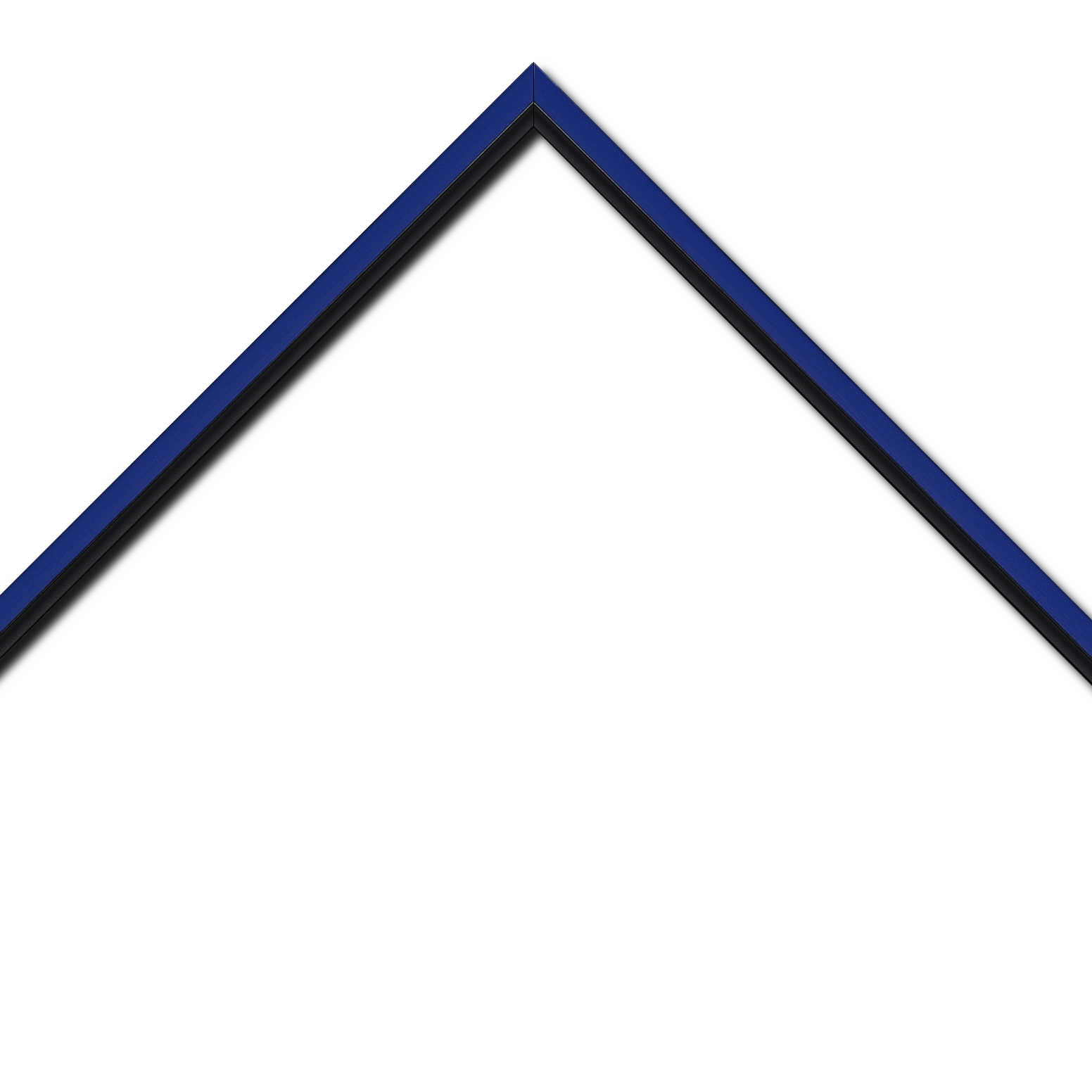 Baguette bois profil plat largeur 1.6cm couleur bleu franc filet noir en retrait de la face du cadre de 6mm assurant un effet très original