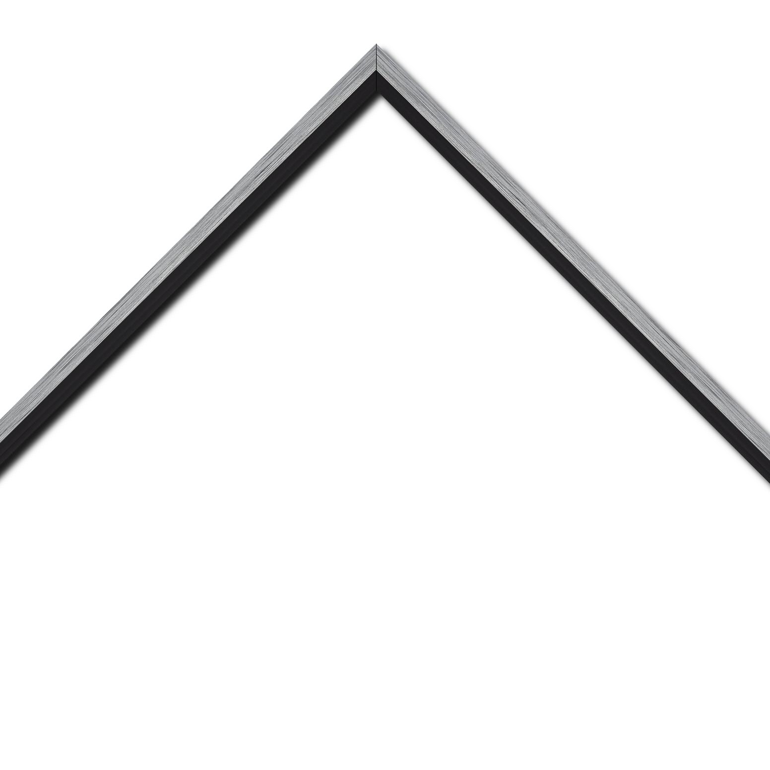 Baguette bois profil plat largeur 1.6cm couleur argent contemporain filet noir en retrait de la face du cadre de 6mm assurant un effet très original