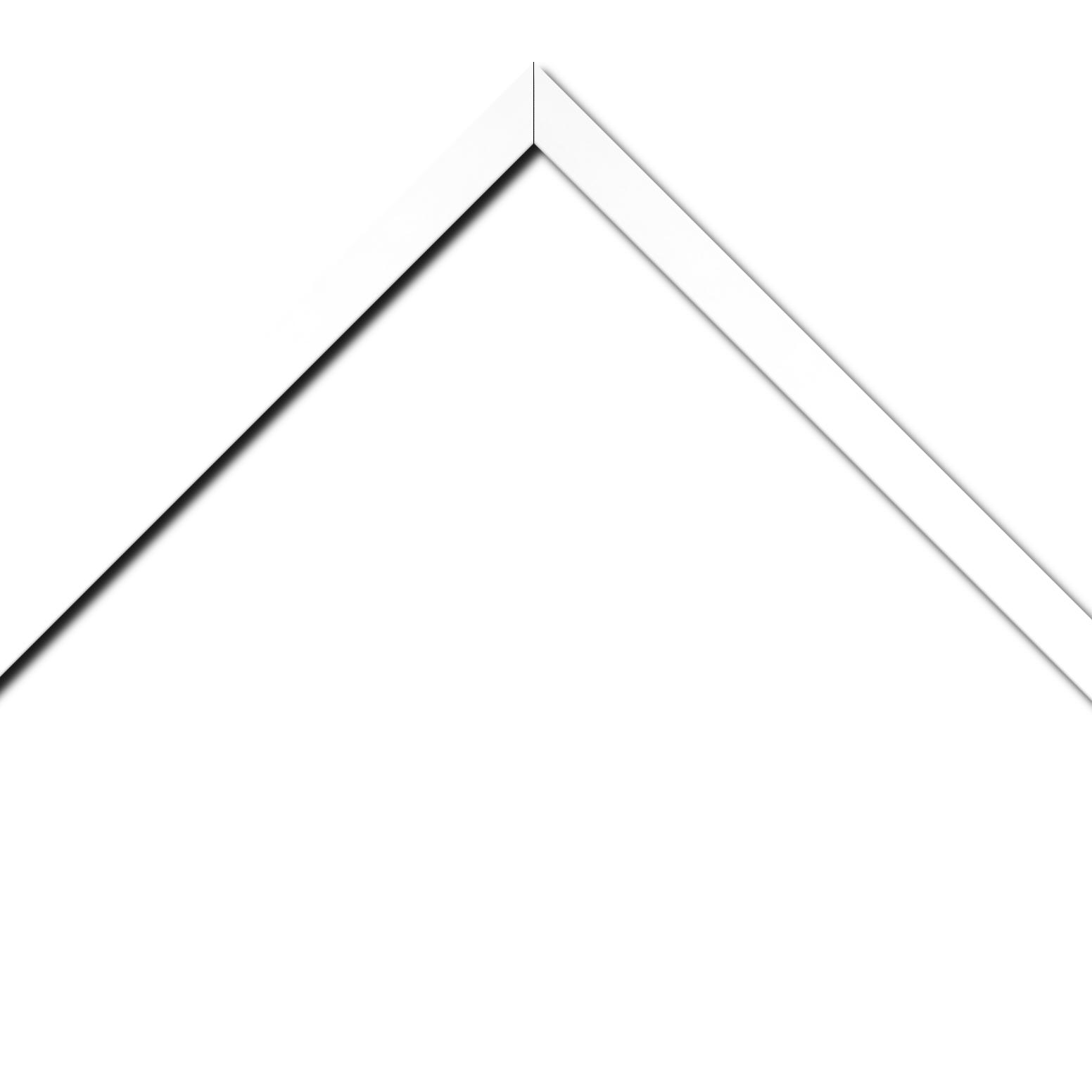 Baguette bois profil plat effet cube largeur 2cm couleur blanc satiné