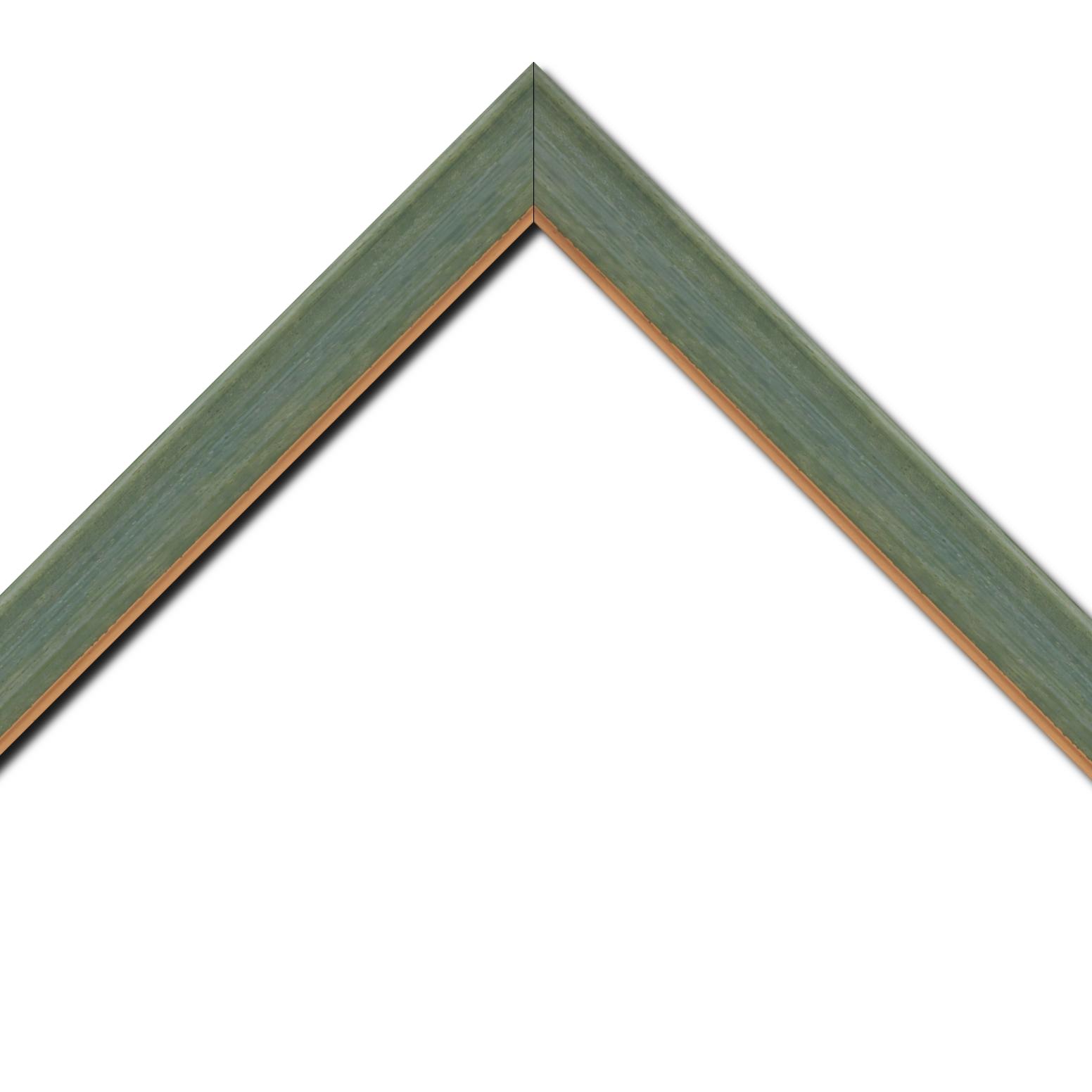 Baguette bois profil incurvé largeur 3.9cm couleur vert amande satiné filet or