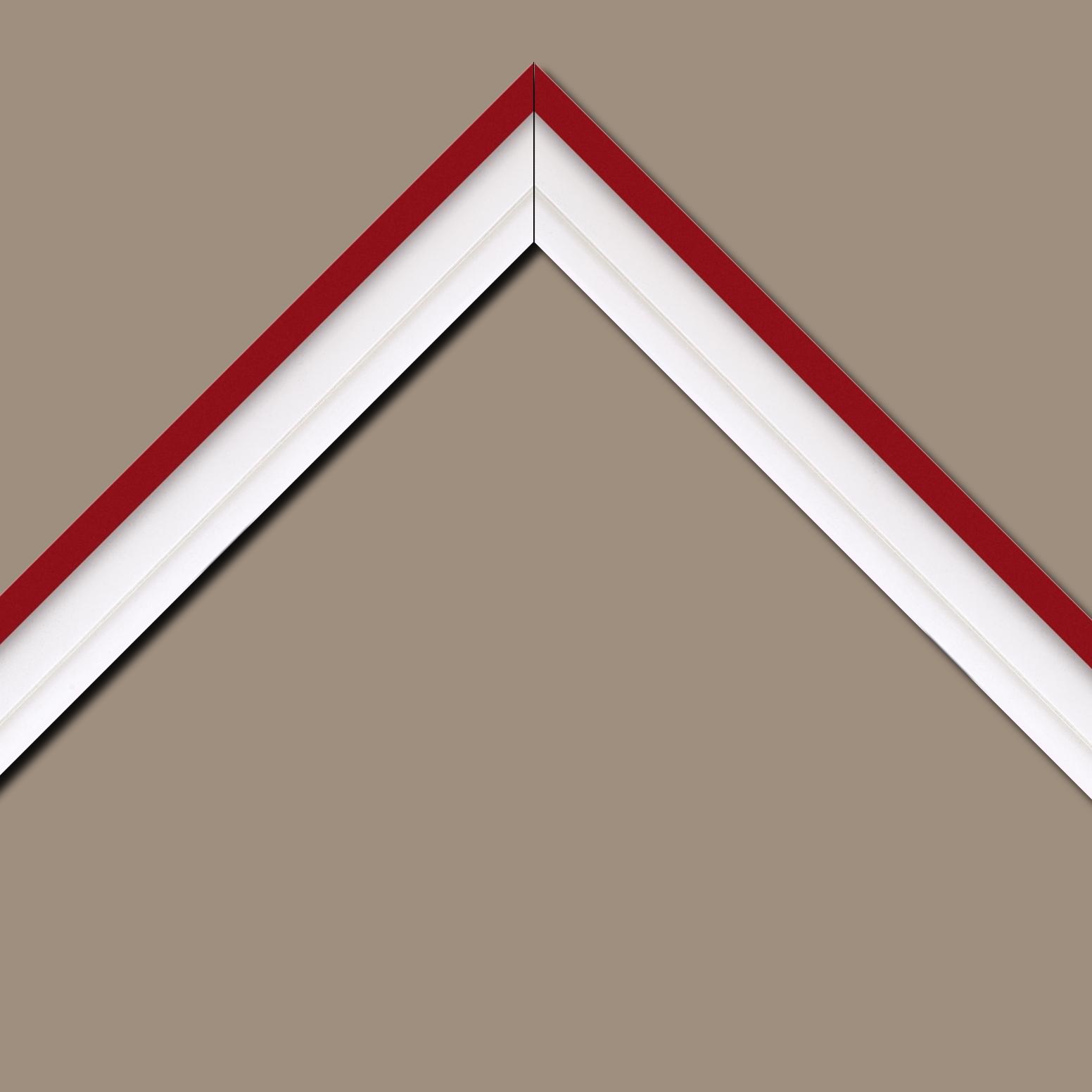 Baguette bois caisse américaine profil escalier largeur 4.4cm blanc mat filet rouge (spécialement conçu pour les châssis d'une épaisseur jusqu'à 2.5cm )