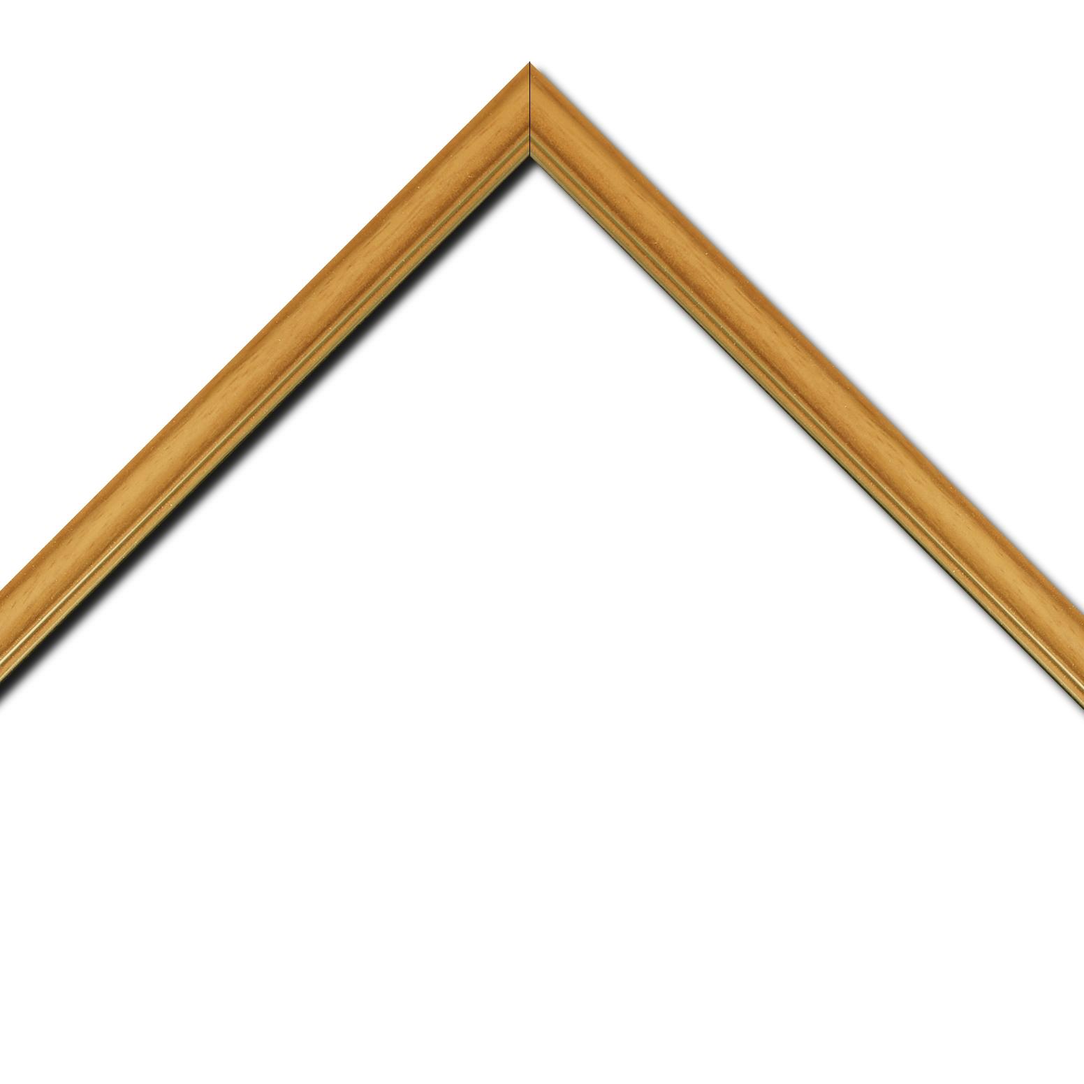 Baguette bois profil doucine inversée largeur 2.3cm jaune tournesol satiné double filet or