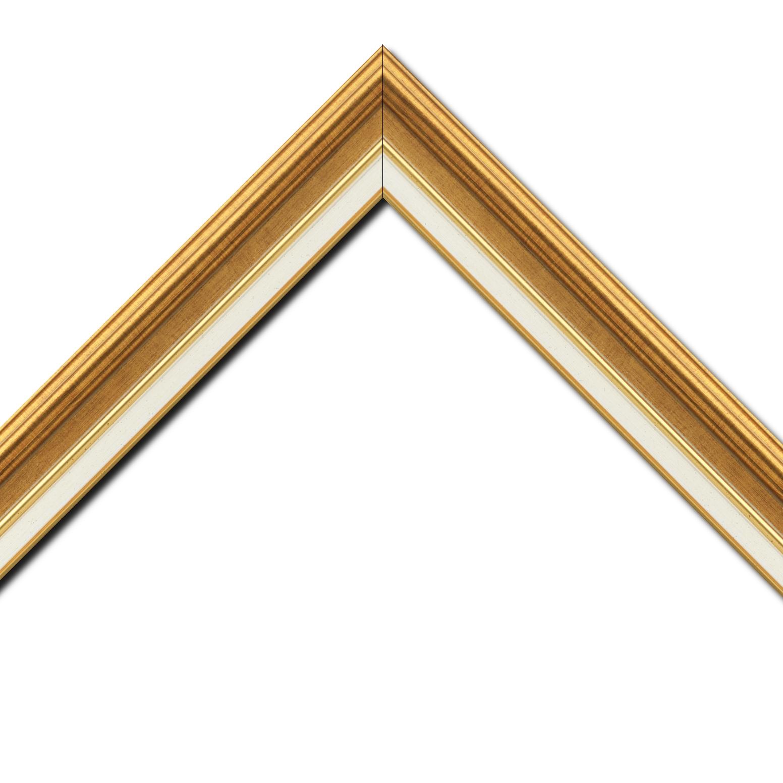 Baguette bois largeur 5.2cm or gorge or  marie louise crème filet or intégrée