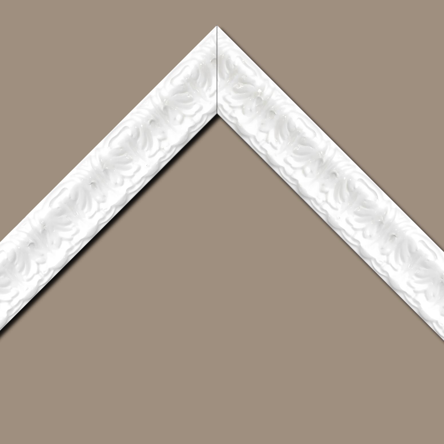 Baguette bois profil incurvé largeur 5.3cm couleur blanc laqué style baroque
