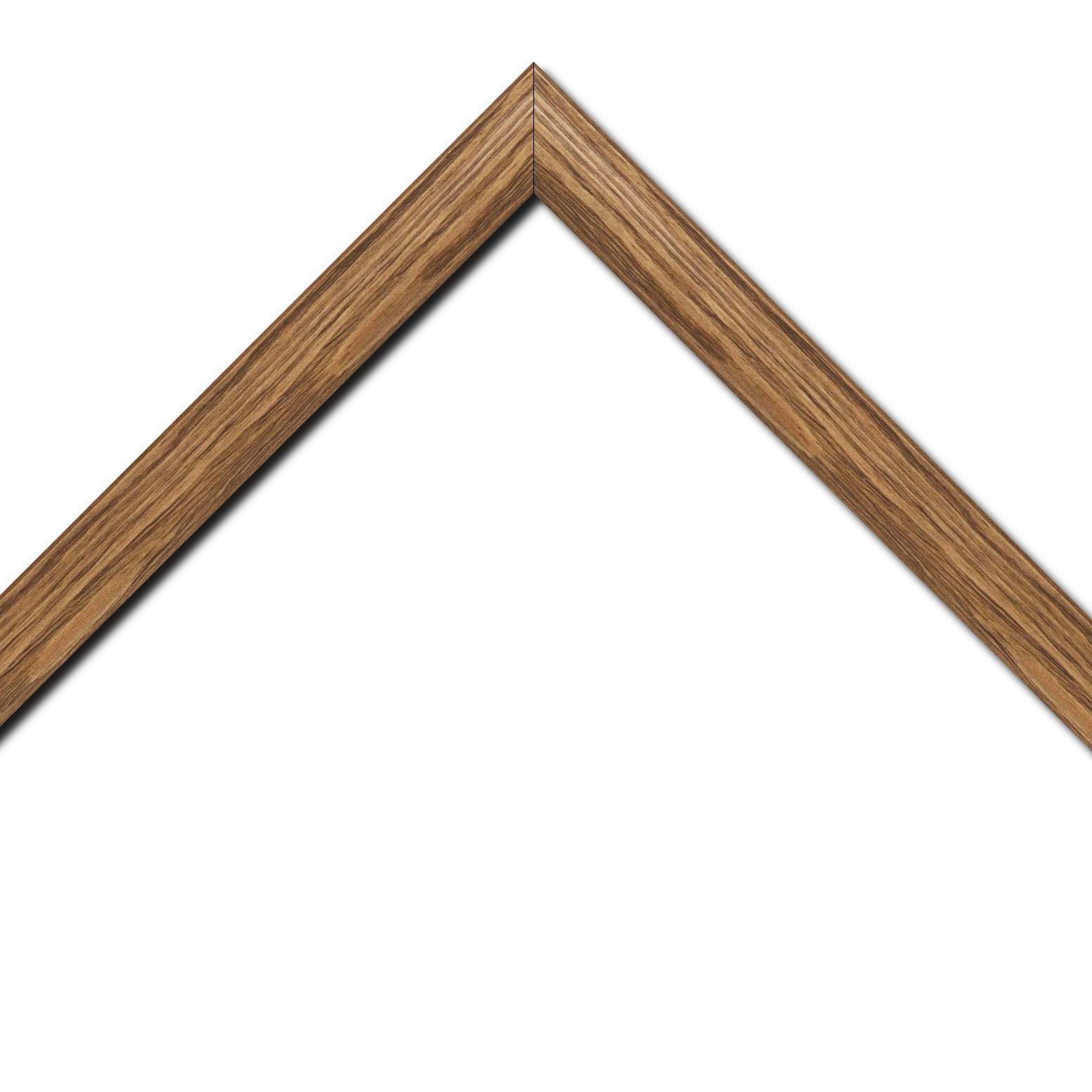 Baguette bois profil inversé largeur 3.2cm sur pin teinté noyer