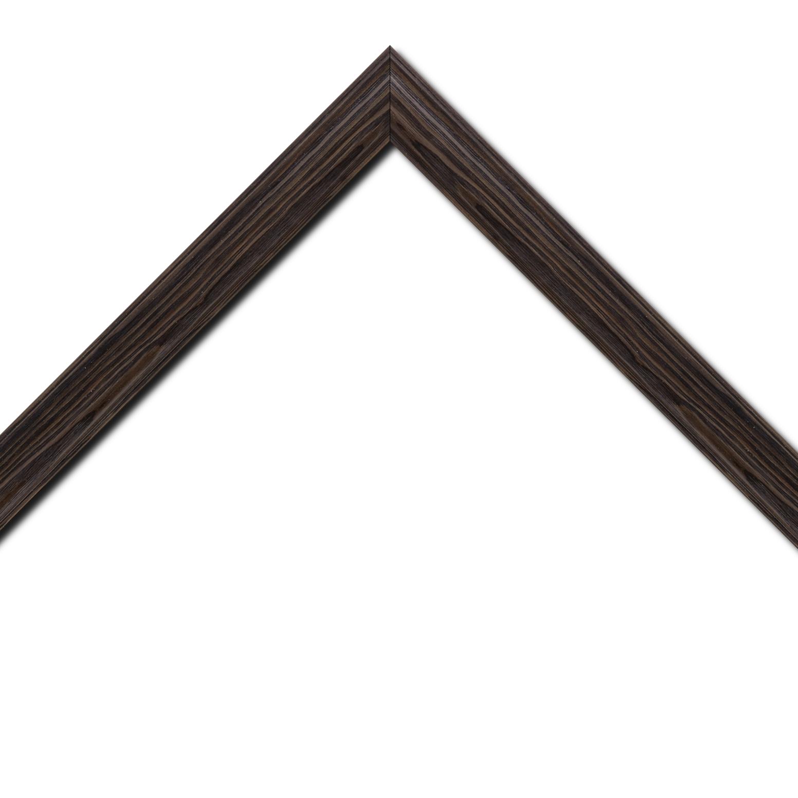Baguette bois profil inversé largeur 3.2cm sur pin teinté wengué