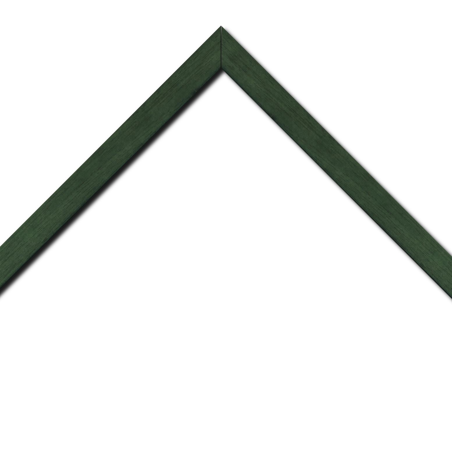 Baguette bois profil plat largeur 2.5cm couleur vert sapin satiné