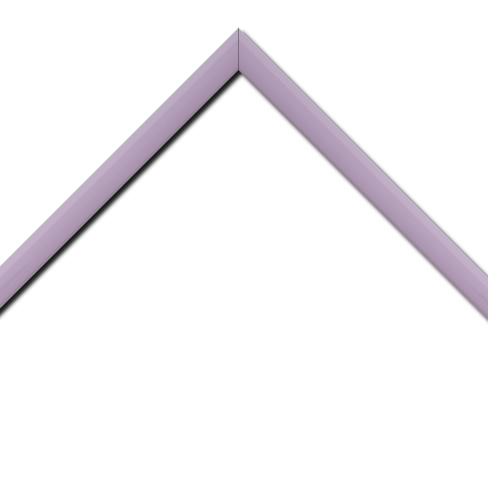 Baguette bois profil méplat largeur 2.3cm couleur violine laqué