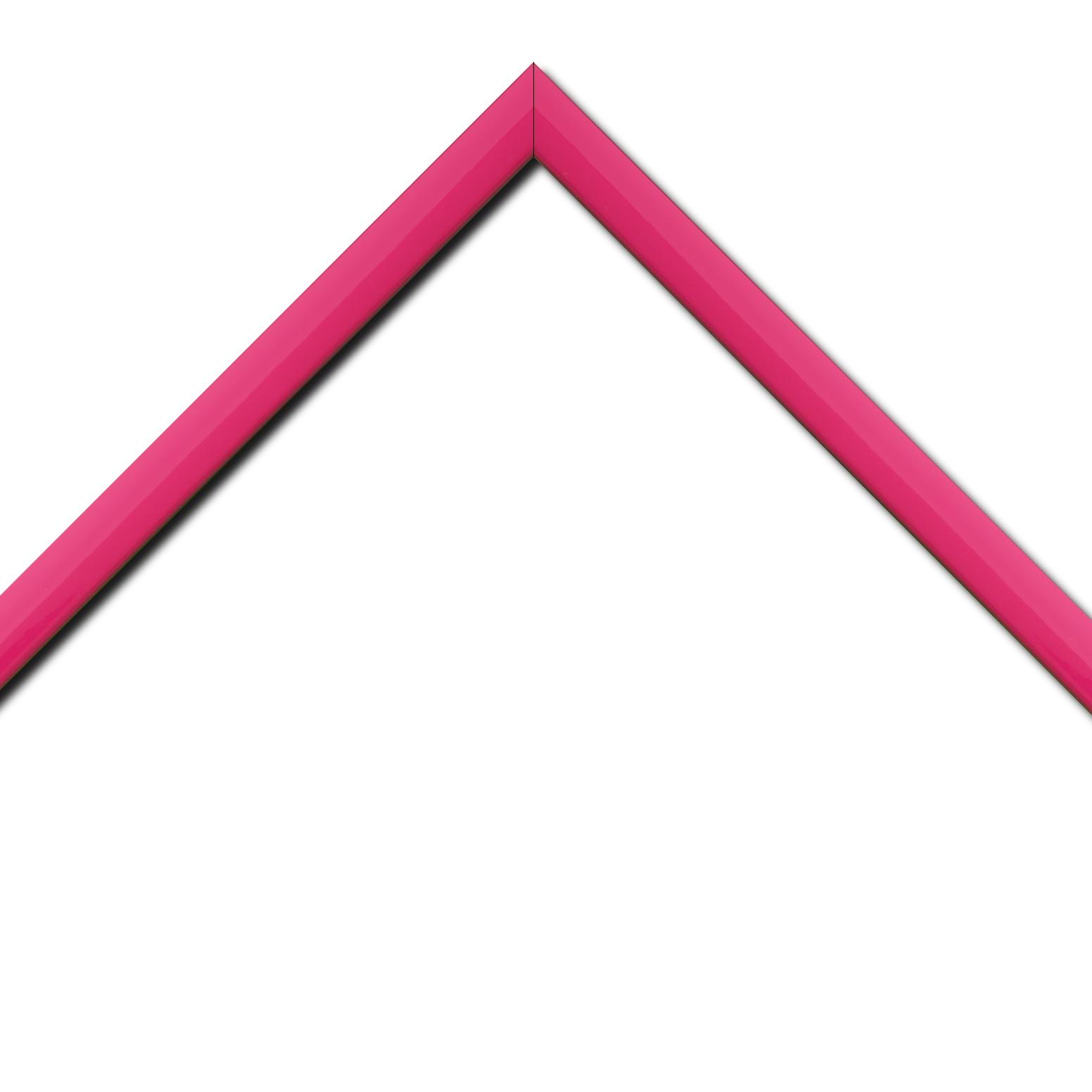 Baguette bois profil méplat largeur 2.3cm couleur rose tonique laqué