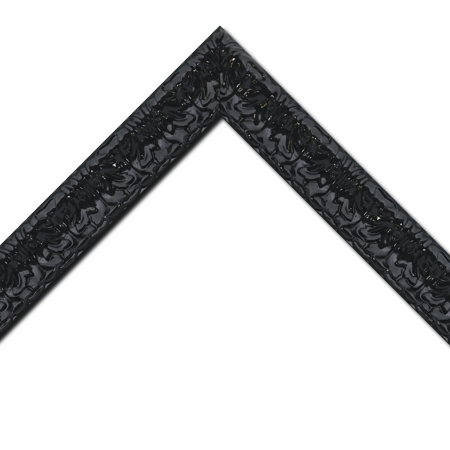 Baguette bois profil incurvé largeur 5.3cm couleur noir laqué style baroque