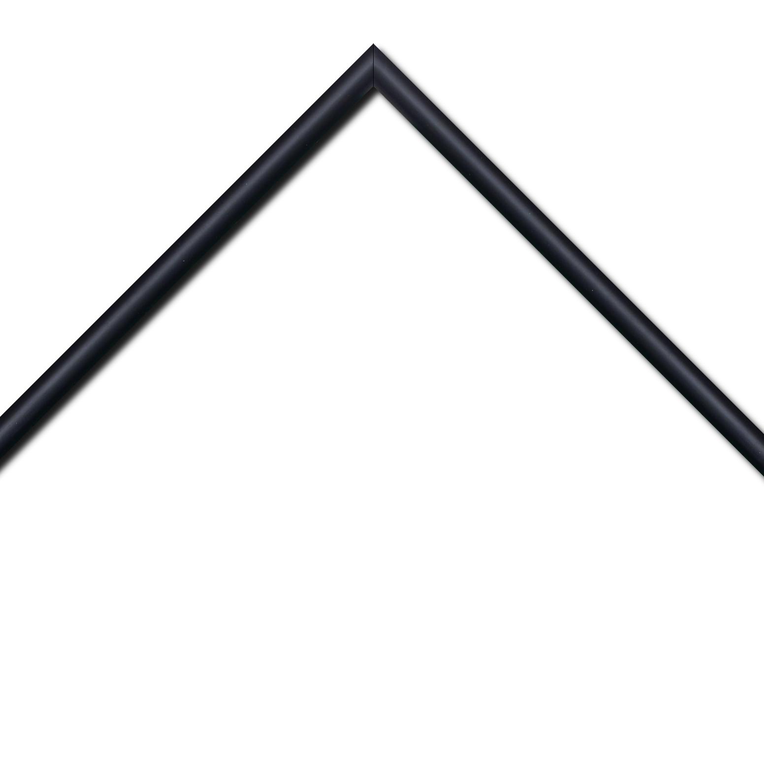 Baguette bois profil demi rond largeur 1.5cm couleur noir mat