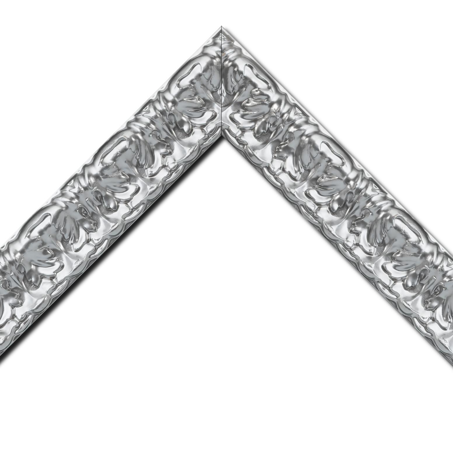 Baguette bois profil incurvé largeur 5.3cm couleur argent ckromé style baroque