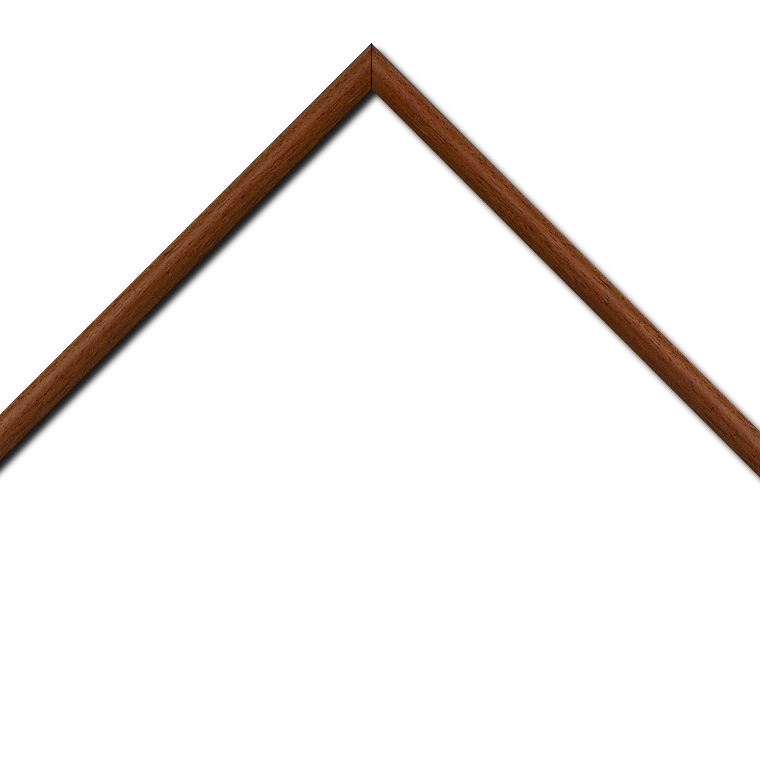 Baguette bois profil demi rond largeur 1.5cm couleur marron ton bois extérieur ébène