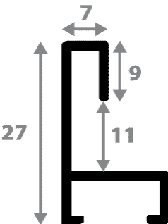 Baguette aluminium profil plat largeur 7mm, couleur argent mat ,(le sujet qui sera glissé dans le cadre sera en retrait de 9mm de la face du cadre assurant un effet très contemporain) mise en place du sujet rapide et simple: assemblage du cadre par double équerre à vis (livré avec le système d'accrochage qui se glisse dans le profilé) encadrement non assemblé,  livré avec son sachet d'accessoires