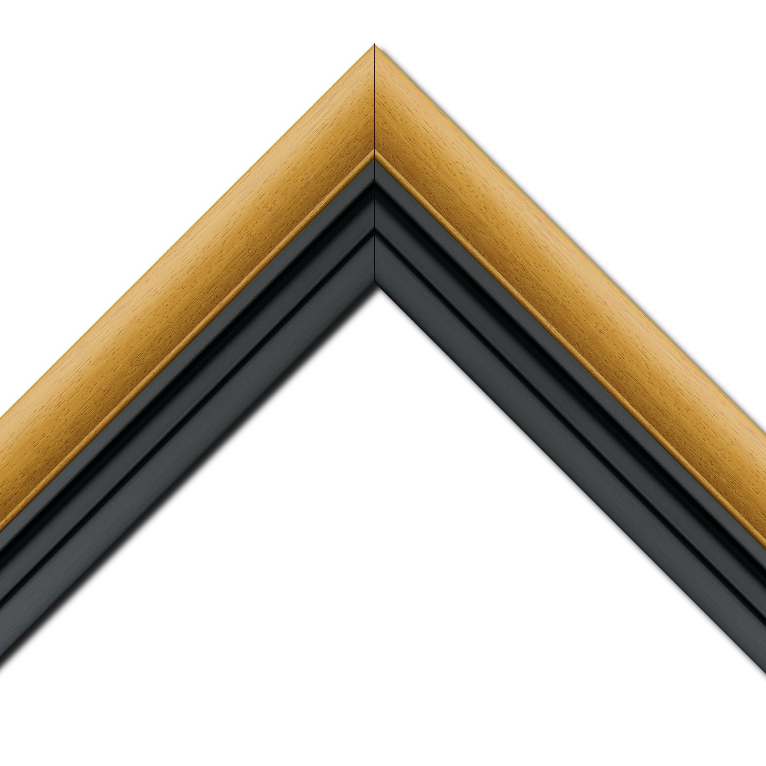 Baguette bois profil arrondi largeur 4.7cm couleur jaune tournesol satiné rehaussé d'un filet noir + bois caisse américaine profil escalier largeur 4.4cm noir mat   (spécialement conçu pour les châssis d'une épaisseur jusqu'à 2.5cm ) largeur total du cadre : 8.3cm