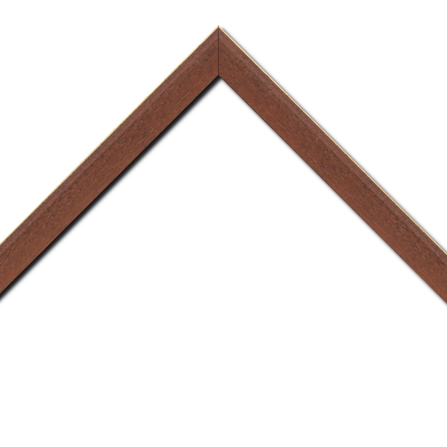 Baguette bois profil plat escalier largeur 3cm couleur marron miel satiné filet créme extérieur