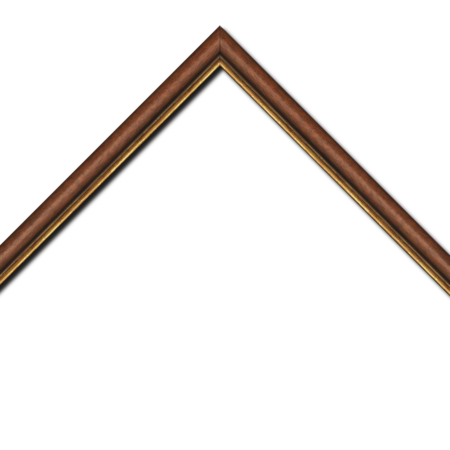 Baguette bois profil arrondi largeur 2.4cm couleur marron rustique filet or