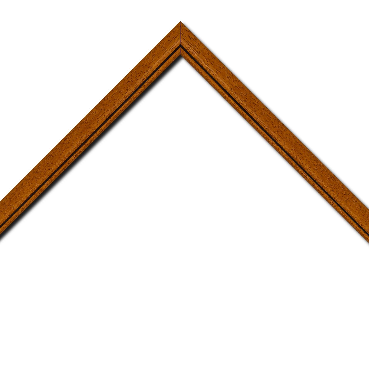 Baguette bois profil bombé largeur 2.4cm couleur marron ton bois satiné filet noir