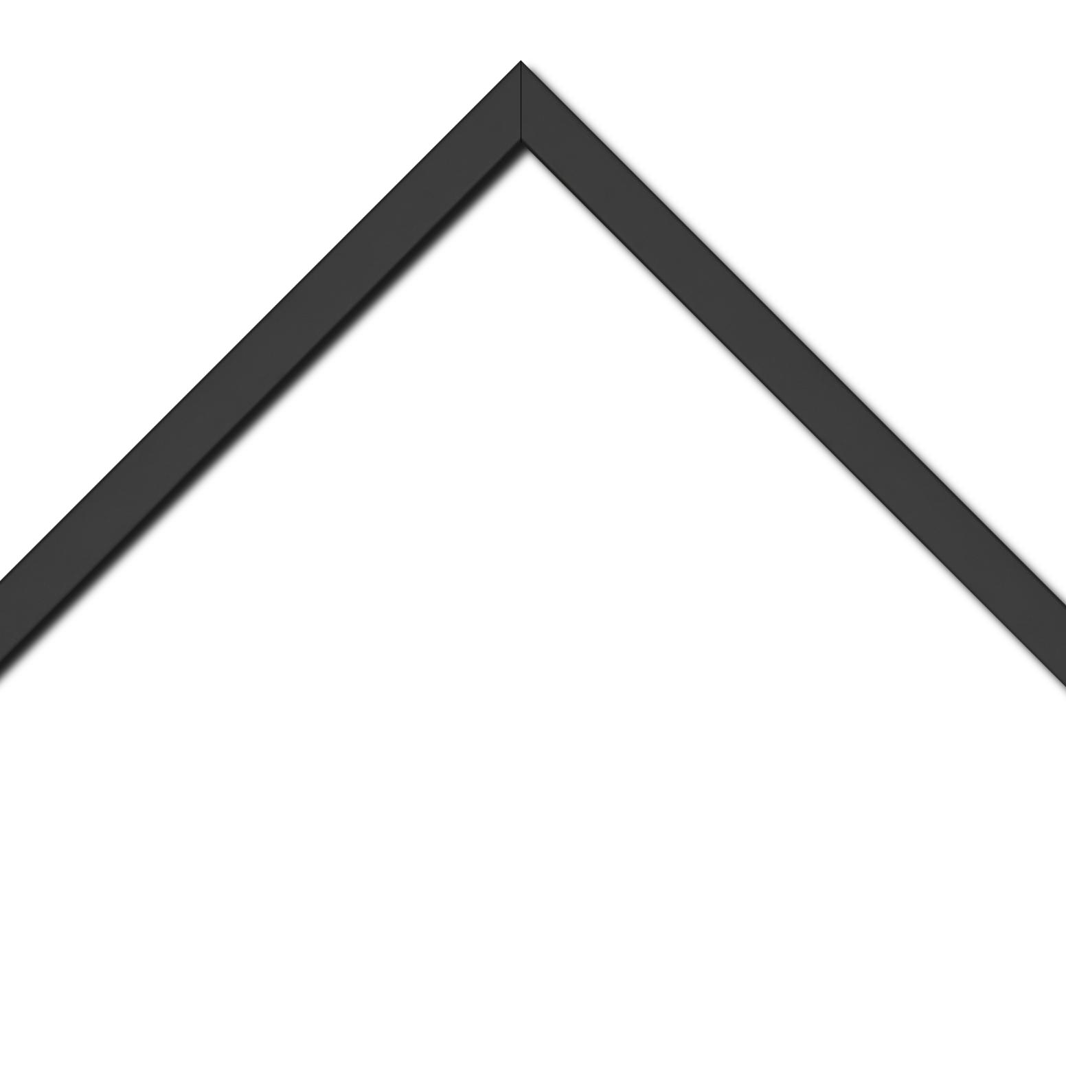 Baguette bois profil plat largeur 1.6cm couleur noir mat finition pore bouché