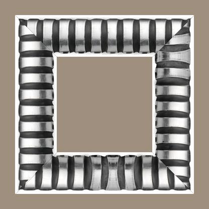 Cadre bois profil demi rond largeur 8.3cm argent brillant  décor arcade en relief  creux noirci - 61x46