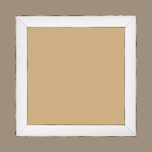 Cadre bois profil concave largeur 2.4cm couleur blanc satiné arêtes essuyés noircies de chaque coté - 34x40