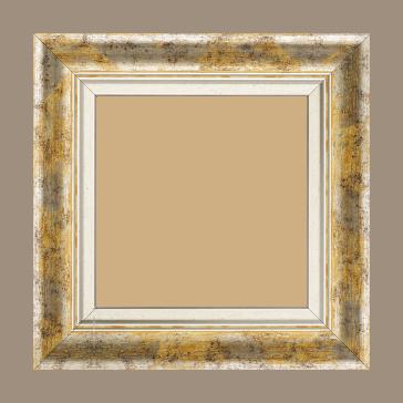 Cadre bois profil incurvé largeur 5.7cm de couleur jaune fond argent marie louise blanche mouchetée filet argent intégré - 80x100