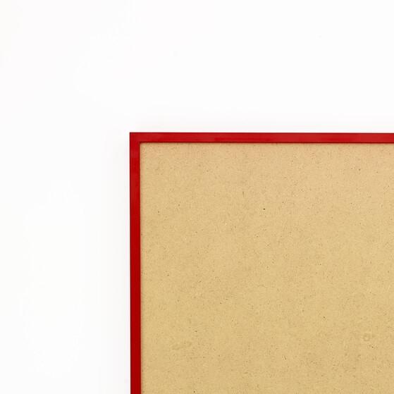 Cadre cadre aluminium profil plat largeur  1cm (référence : aluca-2525-rou) dimension 25x25cm  de couleur rouge ferrari satinécomplet (plexi normal traité anti uv + attache de suspension sur charnière sertie dans l'isorel) cadre fabriqué à vos mesures dans nos ateliers de besancon - 25x25